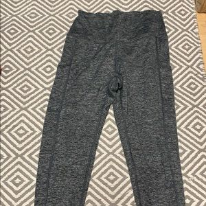 Aerie Leggings with side pockets Sz L